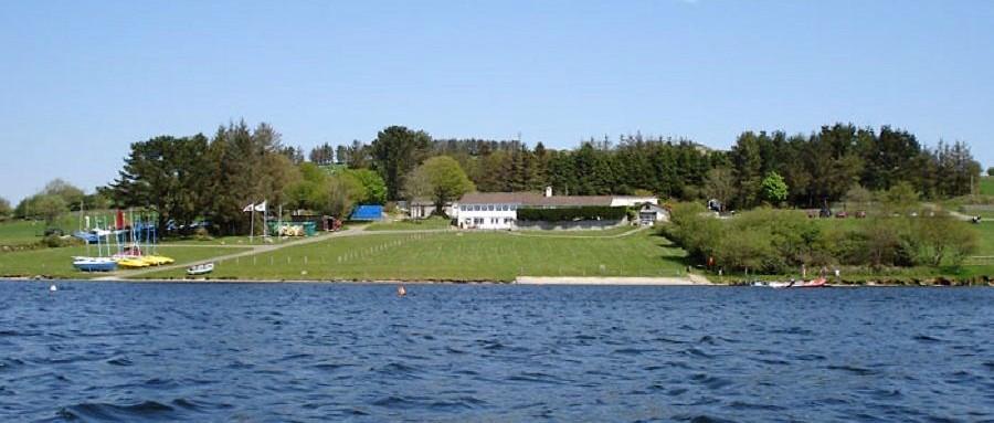 Roadford-Lake-Cornwall-Family-Sailing-Boat-Hire